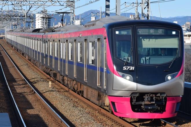 5000系5731Fを長沼駅で撮影した写真