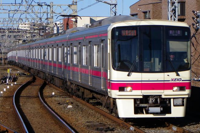 8000系8703Fを八幡山駅で撮影した写真