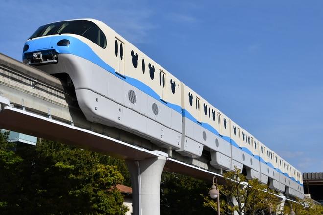 10形第1編成を東京ディズニーシー・ステーション~リゾートゲートウェイ・ステーション間で撮影した写真