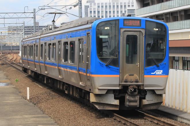 仙台車両センターSAT721系SA103編成を長町駅で撮影した写真